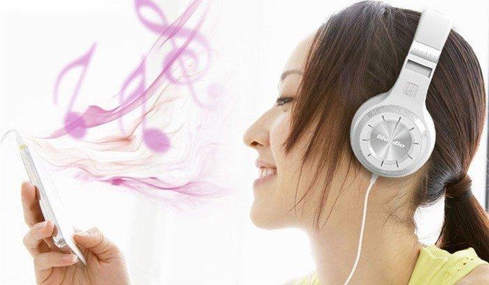 Bluedio H Plus Bluetooth Stereo Wireless Headphone 4