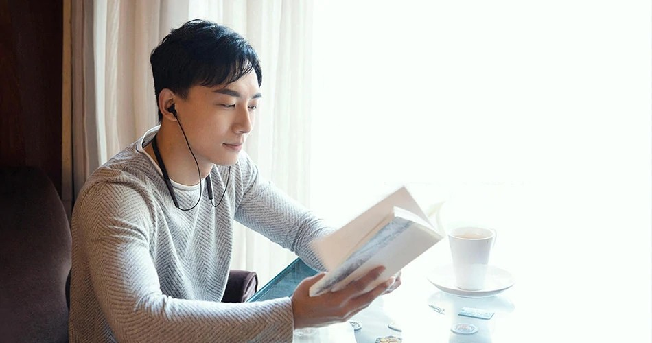 Xiaomi Mi Bluetooth Neckband Earphones (10)