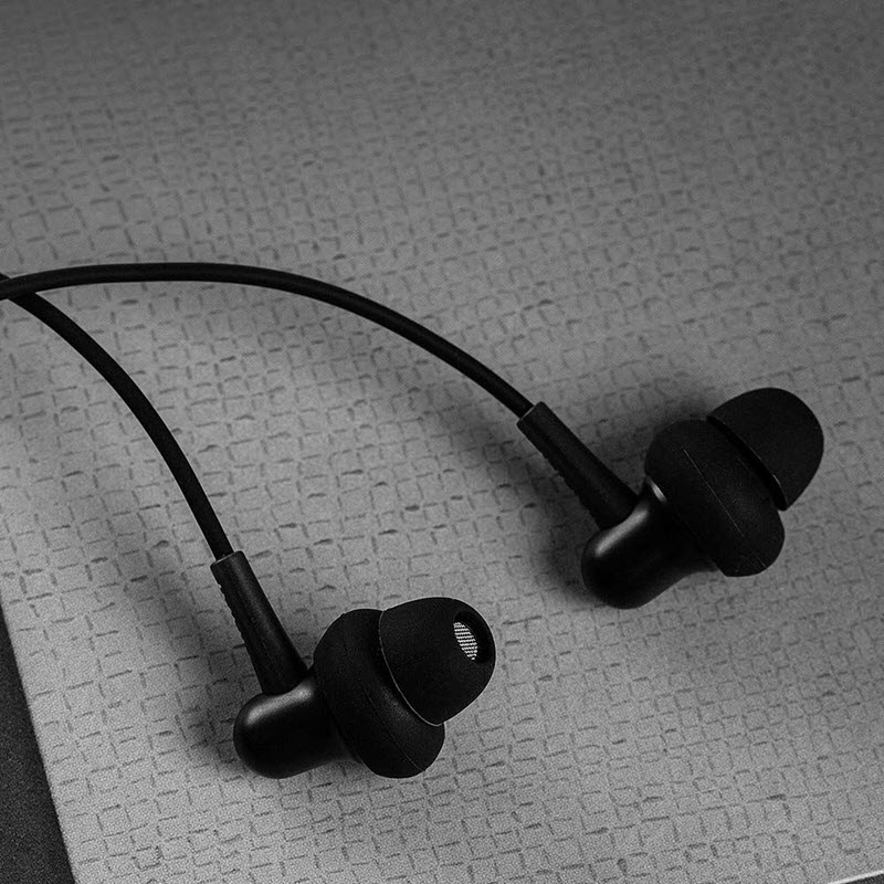 1more Stylish Dual Dynamic Driver In Ear Headphones (1)