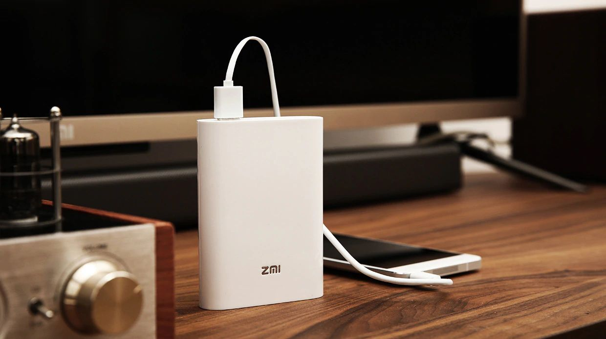 Zmi Mf815 2 In 1 4g Wireless Wifi Router And 7800mah Mobile Power Bank (10)