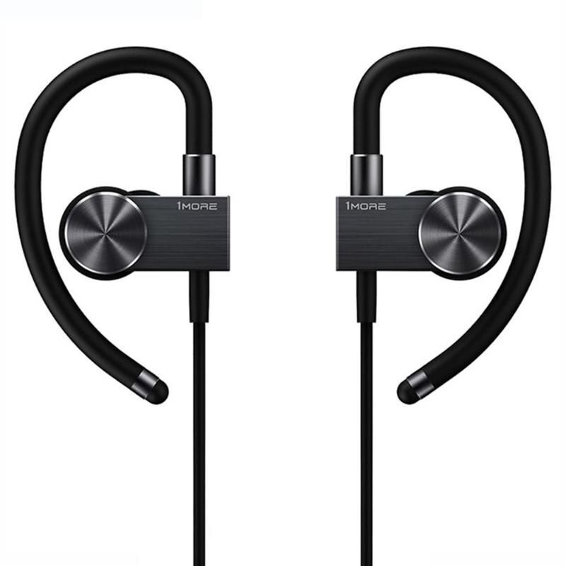 1more Eb100 Sports Active Bluetooth In Ear Headphones (1)