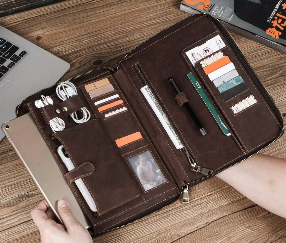 Contacts Family Leather Bag For Phone Pocket Earphone Pouch Passport Holder