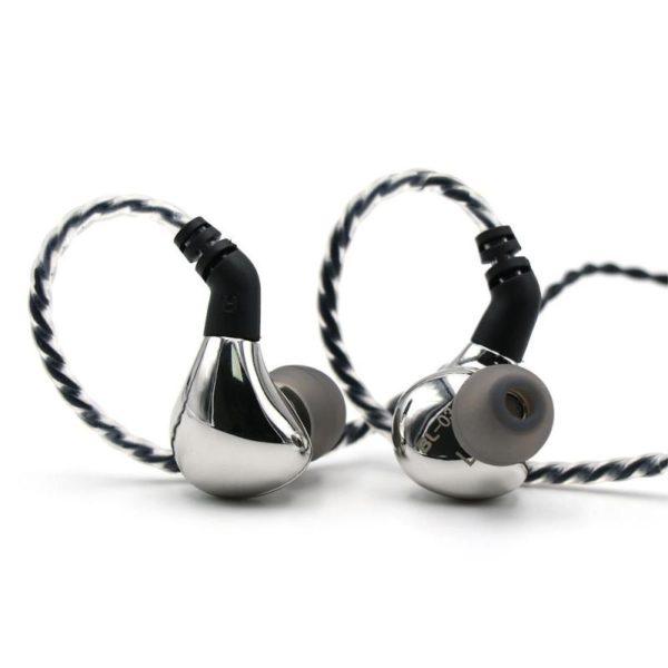 Blon Bl03 Dynamic Drive In Ear Earphones (4)