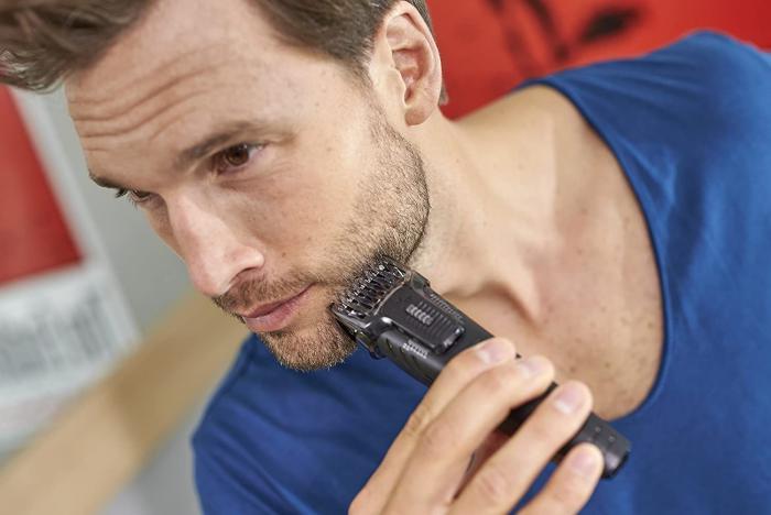 Philips Qg3320 15 Multigroom Series 3000 3 In 1 Beard Trimmer (1)
