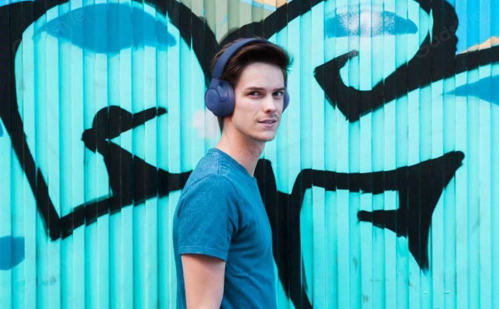 Jbl Tune 700bt Wireless Over Ear Headphones (4)