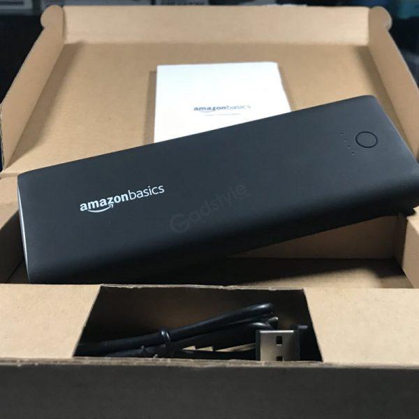 Amazonbasics 20100mah Portable Power Bank (4)