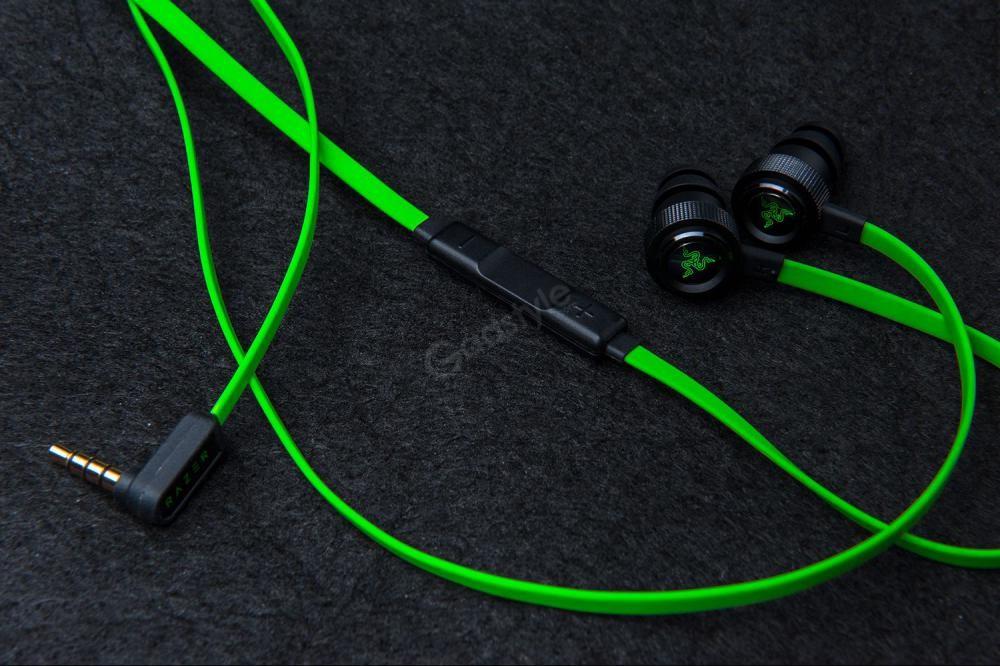 Razer Hammerhead Pro V2 Gaming Earphones (3)