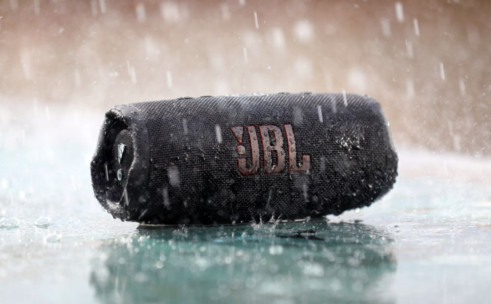 Jbl Charge 5 Portable Waterproof Speaker With Power Bank (2) 1