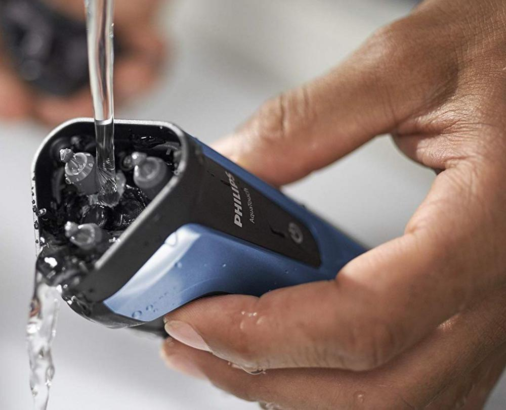 Philips S1070 Aqua Touch Electric Shaver (3)