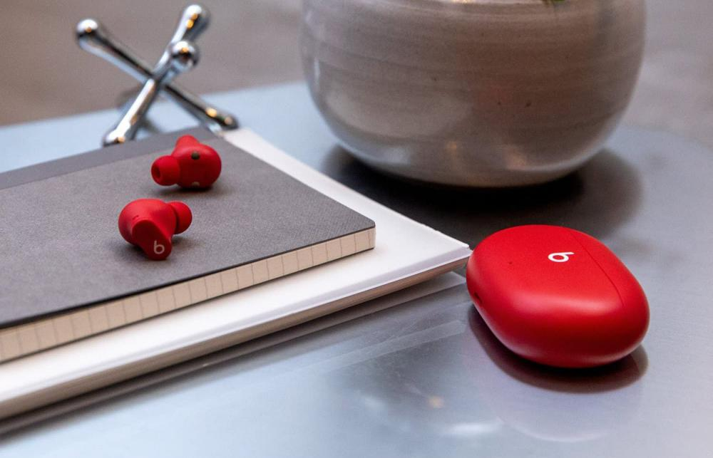 Beats Studio Buds True Wireless Noise Cancelling Earbuds Red (2)