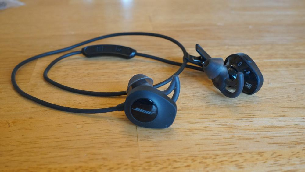 Bose Soundsport Wireless Headphones (1)