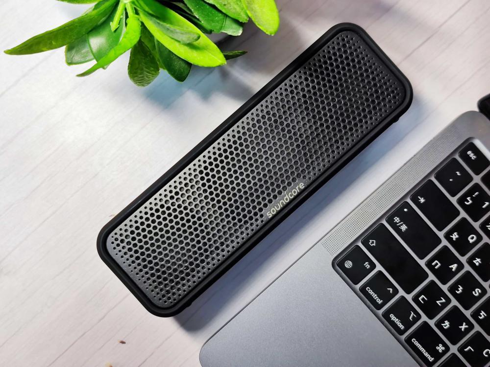 Anker Soundcore Select 2 Portable Bluetooth Speaker (2)