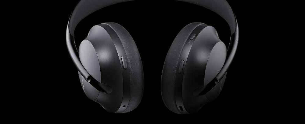 Bose Noise Cancelling Headphones 700 Over Ear Wireless Bluetooth Headphones (2)