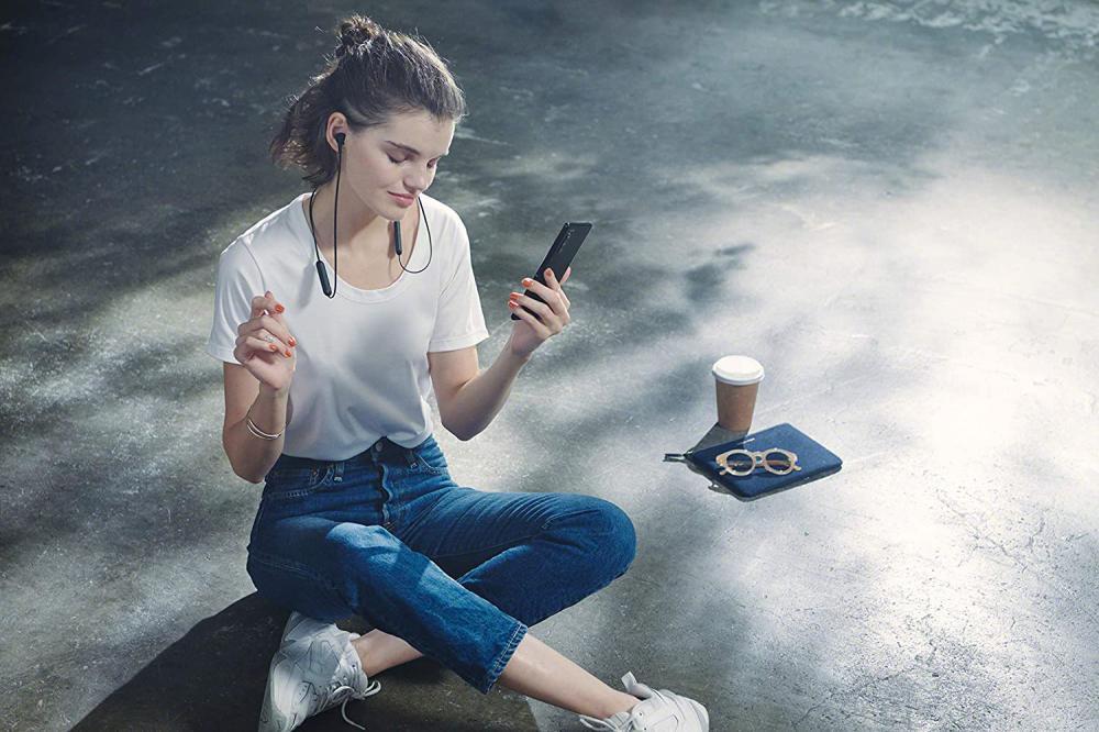 Sony Wi Xb400 Wireless In Ear Extra Bass Earphones (2)